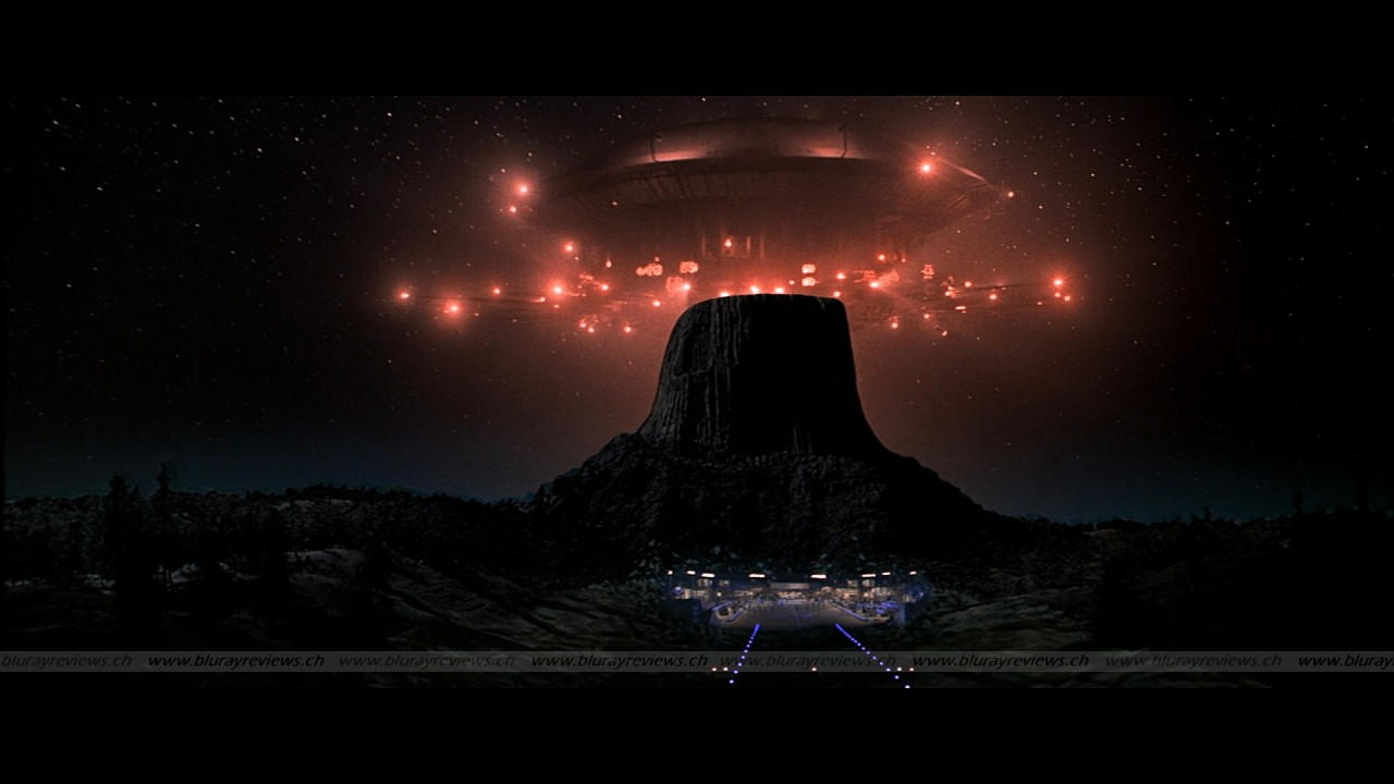 a film review of close encounters of the third kind Movie analysis: close encounters of the third kind (1977) by scott  movie  and dvd review: schindler's listmarch 5, 2013in history.